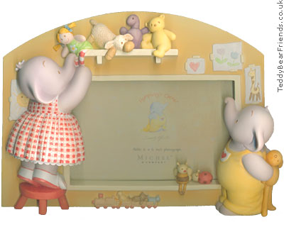 Michel and Company Humphreys Corner Toy Shelf Picture Frame