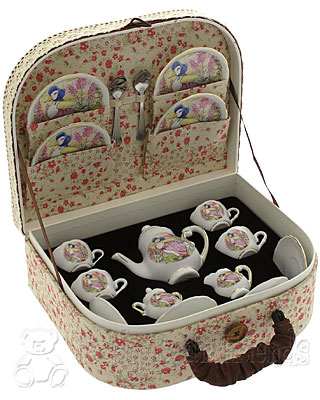 Reutter Porcelain Jemima Puddleduck Tea Set
