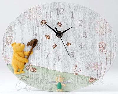 Border Fine Arts Pooh And Piglet Clock