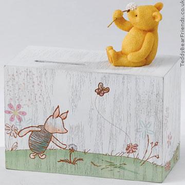Border Fine Arts Pooh Money Box