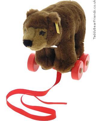 Steiff Pull Along Bear