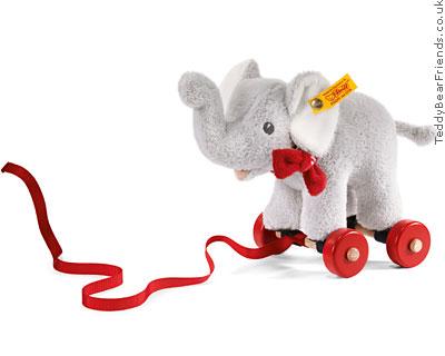 Steiff Pull Along Elephant
