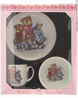 Reutter Porcelain Girls Bear Breakfast Set