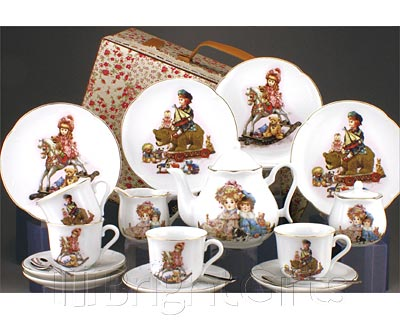 Reutter Porcelain Traditional Toys Childrens Teaset in Case