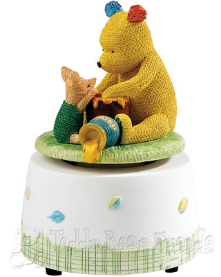 Border Fine Arts Winnie The Pooh And Piglet Musical