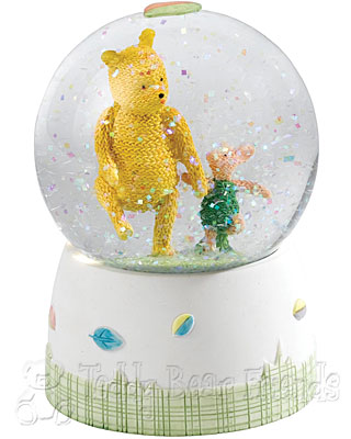 Border Fine Arts Winnie the Pooh and Piglet Waterball